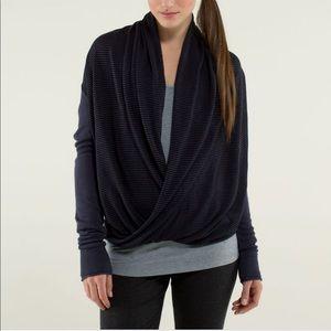 Lululemon Iconic Sweater Wrap Blue/Black